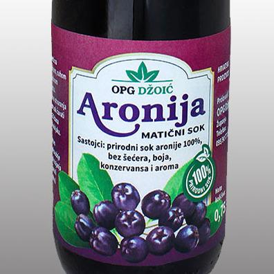 Aronija-etiketa-za-sok-featured